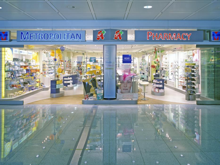 metropolitan pharmacy terminal 1 pharmacie d 39 a roport. Black Bedroom Furniture Sets. Home Design Ideas